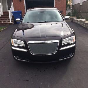 2012 Chrysler Other Luxury Series Sedan