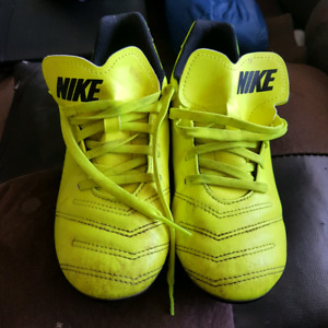 Youth Size 1 Nike cleats