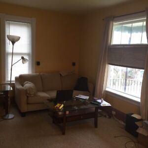 Viewings Available This Tuesday for 1 Bedroom in a triplex house