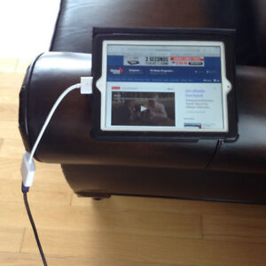 """IPAD 2 or 3 to TV-""""ADAPTER""""-watch your IPAD on TV—NEW $10"""