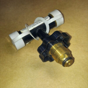 PROPANE T CONNECTOR