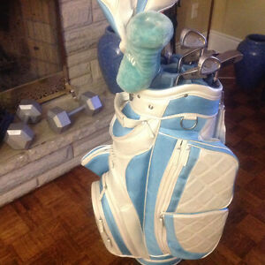 Womans Golf Club Set Complete with Bag