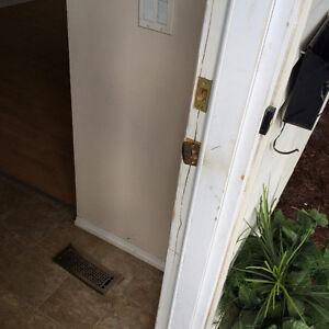 Door REPAIR and new door INSTALLATION EXPERT DOOR SERVICE, DOOR Edmonton Edmonton Area image 10