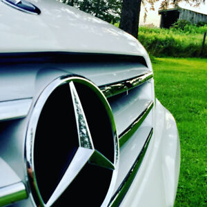 2013 Mercedes C-300 MINT Condition!!