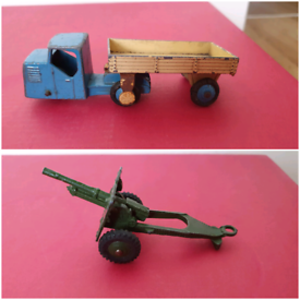 Dinky toys 3 wheeled truck & field gun £10 for both