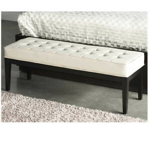 OTTOMAN/BENCH OFF WHITE