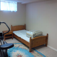 one or two furnished rooms,Ottawa,centralpark,for rent/Female