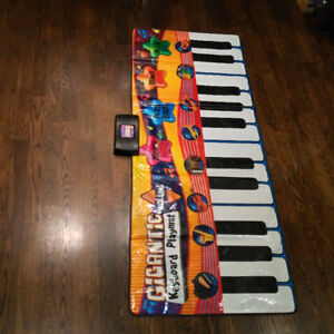 Very New Gigantic Keyboard/piano mat for kid