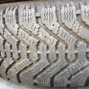 4 Good year Nordic snow tires 195/65/15 next to new