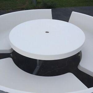 Fibre glass table + chairs Leppington Camden Area Preview