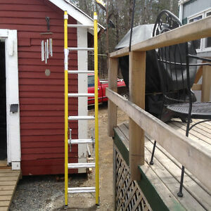 )8ft featherlite extension ladders