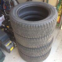 225/55R17 4 pneus d'hiver/winter tires Yokohama-ice guard  270$