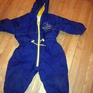 14 coupe-vent/imperméable/veste en jeans /manteaux 5$ ou 35$/lot