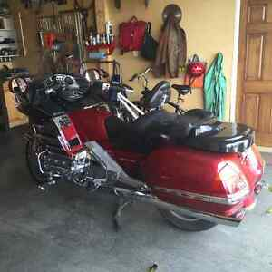 Turn your goldwing into a cruiser (trunkless)