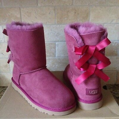 Обувь для девочек UGG SHORT BAILEY