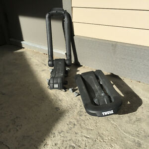 Thule vertical kayak roof rack (2) for 1 kayak