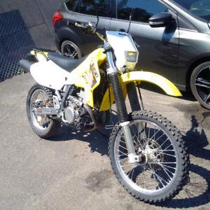 Moto DRZ 400