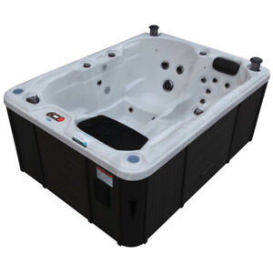 ISO 2 or 3 person HOT TUB