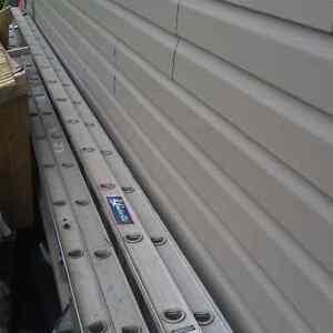 40 ft Aluminum extension ladder