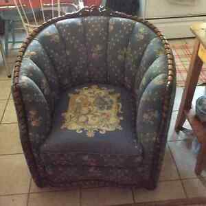 Antique solid oak rocking chair plus other chairs Kitchener / Waterloo Kitchener Area image 6