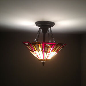 2 Tiffany style ceiling lights