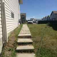 SPACIOUS ONE BEDROOM BASEMENT WALKOUT APARTMENT