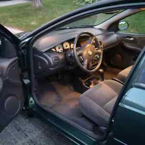 2000 Dodge Neon   Needs to go! West Island Greater Montréal image 4