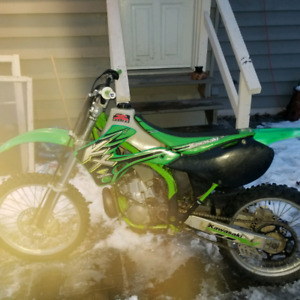 2000 kx250 runs great needs tires and breaks bled 1700 obo