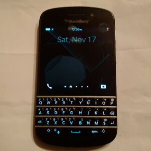 BLACKBERRY Q10, MASSIVE END OF YEAR SALE!
