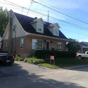 Maison canadienne duplex ou bi génération fermette