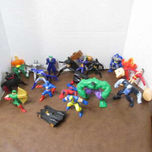 SUPER HEROS BATMAN SPIDERMAN HULK LOT FIGURINES MARVEL DC COMICS