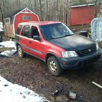 1999 Honda CR-V SUV awd for parts looking for a trade