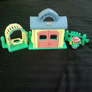 Fisher-Price Little People Garden Party Playset