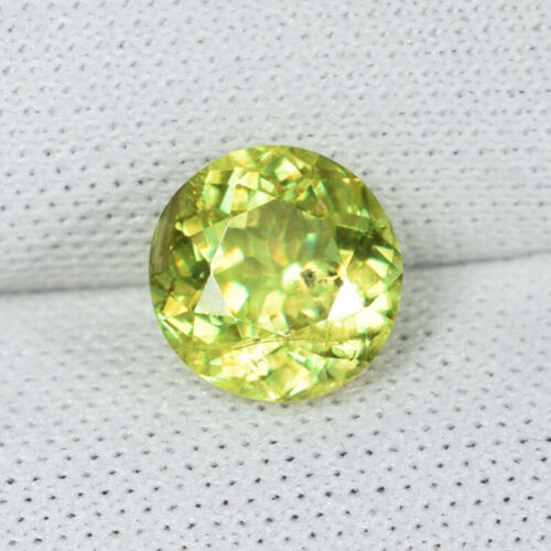 1.38 ct ULTRA RATE GREEN  YELLOW 100% NATURAL SPHENE - Round - See Vdo # 5763 !!