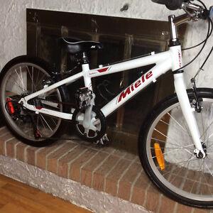 Vélo junior MIELE TORINO cadre aluminium, haut de gamme roues 20
