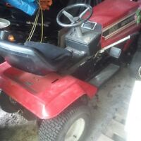 Lawn Flite TRACTOR for sale