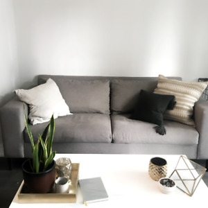 WEST ELM York Sofa - Amazing condition, affordable couch!