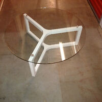 Glass and white metal coffee table and end table great condition