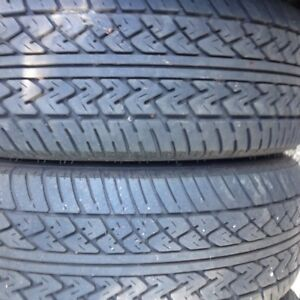1 pr. P185/60R14 All Season Tires