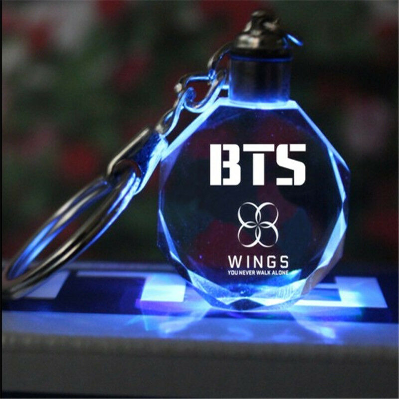 Kpop BTS Keychain EXO GOT7 DIY LED Crystal Key Chain Bangtan Boys Wings Keyring