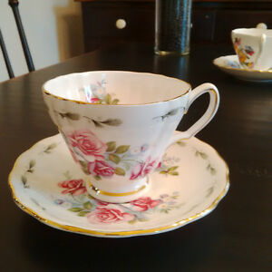 Price reduced...English bone china cup and saucer London Ontario image 2