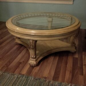 round glass coffee table London Ontario image 4