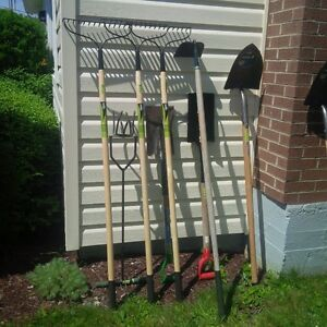 GARDENING, LANDSCAPING AND OUTDOOR TOOLS