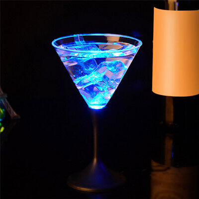 LED LIGHT Wine GLASS  COLOR CHANGING FLASHING DRINKING CUP