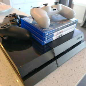 PS4 Console 500GB with 2 Controllers