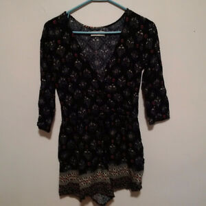 Hollister Short Romper