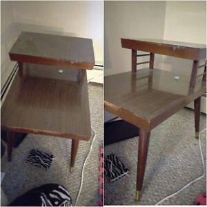 2 End Tables NEED GONE