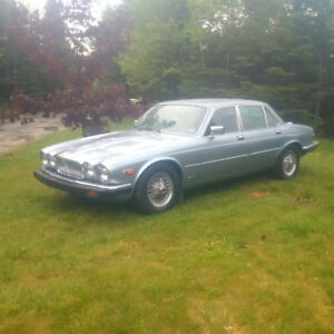 1987 Antique Jaguar XJ6