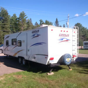 28 Ft RV Trailer for Sale