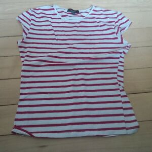 size 8 Girls Long Sleeve Shirts,dress, capri's and tee shirts Kitchener / Waterloo Kitchener Area image 10